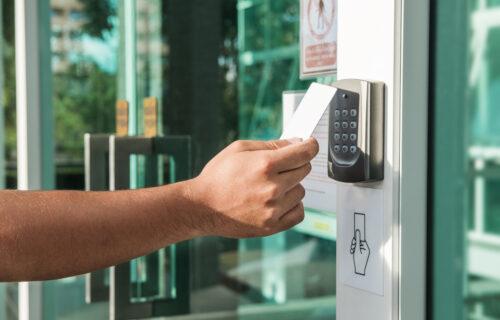 photo of level III security